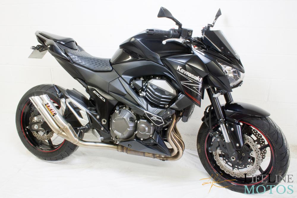 Kawasaki Z800 noire 2013